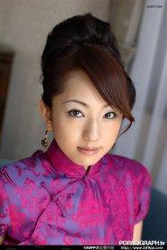 极品美女演绎中国古典旗袍