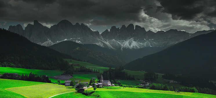 绿色自然风光护眼壁纸