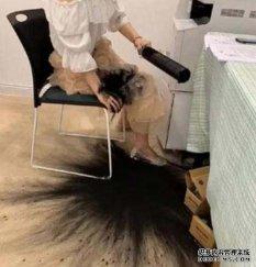 千万别让女同事修打印机