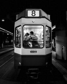 城市里的黑白光影
