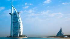 迪拜帆船酒店奢靡桌面壁纸