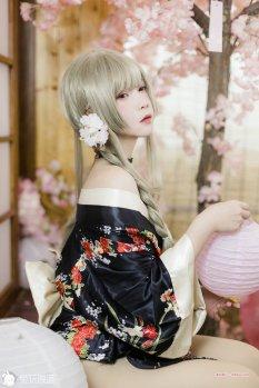 日式睡衣少女你爱了吗