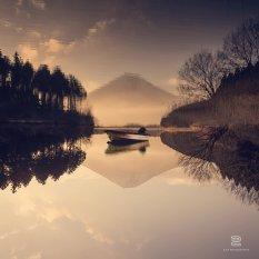 创意视觉冲击温柔宁静湖面