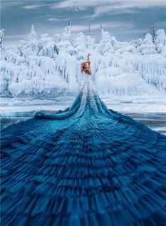 纱裙与冰湖更配
