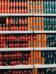 凉爽好喝的碳酸饮料图片