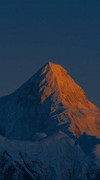 贡嘎雪山峻峭迷人风光手机