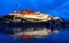 西藏布达拉宫建筑风景桌面