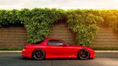 炫酷红色跑车汽车桌面壁纸