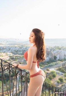 旅拍网红美女Lynn刘奕宁