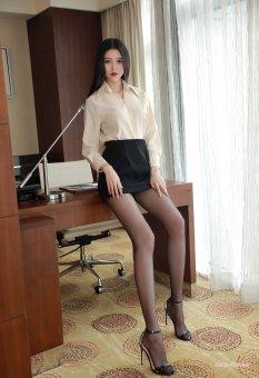 酒店里的总裁美女助手陈一